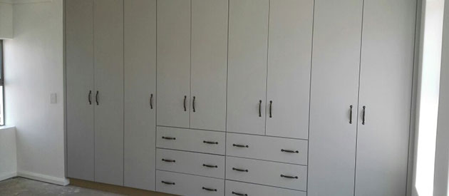 Vibuild built in cupboards eden developments - Beautiful bedroom built in cupboards ...